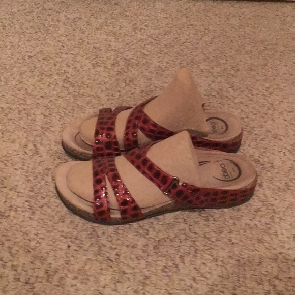 b0ecf0ada Abeo Shoes - Abeo Red Patent Leather phython print sandals sz 9